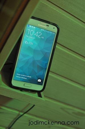 phone holder for golden designs sauan